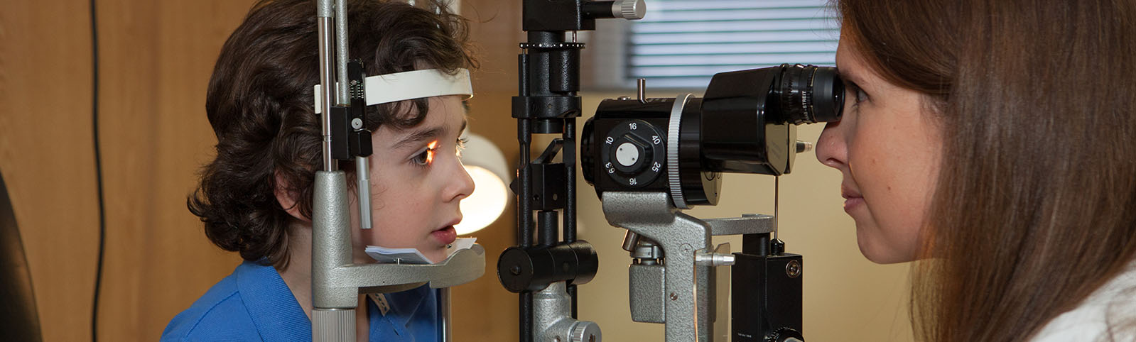 oftalmologia_pediatrica_revision_niños_