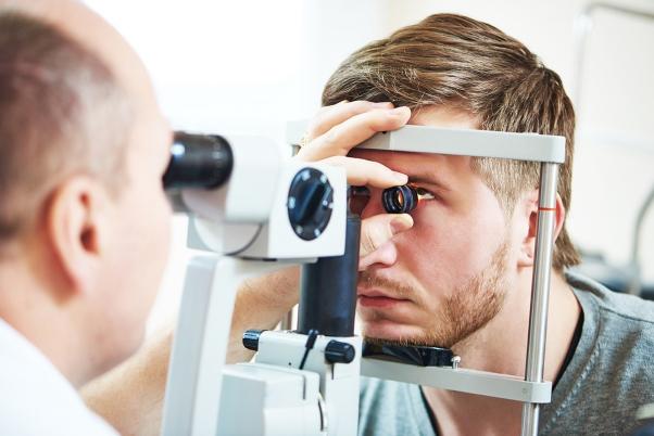 Cirugía de glaucoma mínimamente invasiva (MIGS)